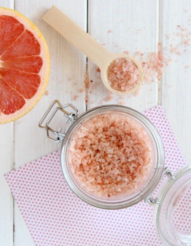 Grapefruit Himalayan Salt Soak!